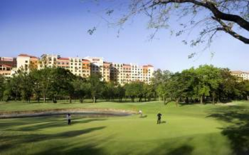 Affording sweeping views of the adjacent Villamor Golf course, the hotel is a 15-minute drive from B